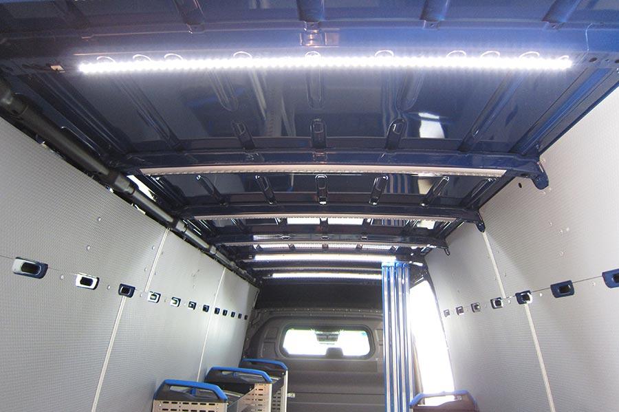 Fahrzeugeinrichtung LED Beleuchtung - Gruber Fahrzeugbau GmbH
